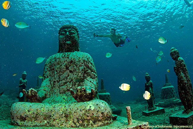 Pemuteran underwater temple in Bali, Indonesia (Courtesy of Indonesia.tripcanvas.co)
