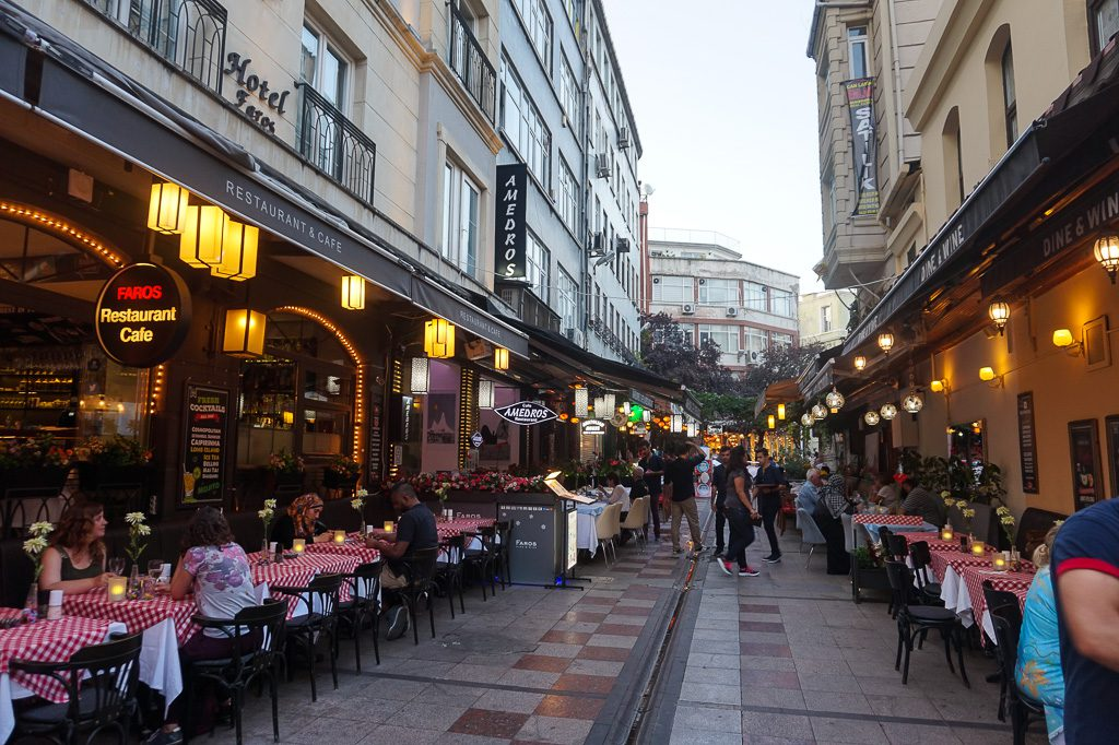Istanbul Turkey Old Town Alley Dining