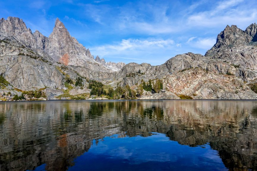 Minaret Lake in Mammoth