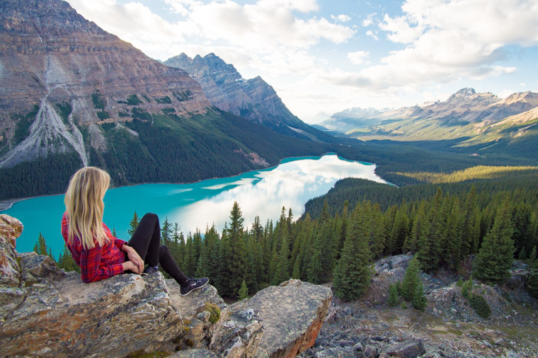 peyto-lake-in-banff-national-park-canada