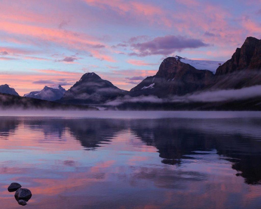 mddyelrck-bow-lake-banff-national-park-canada