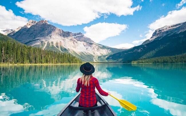 Best Lakes In Canada Emerald Lake Yoho Park