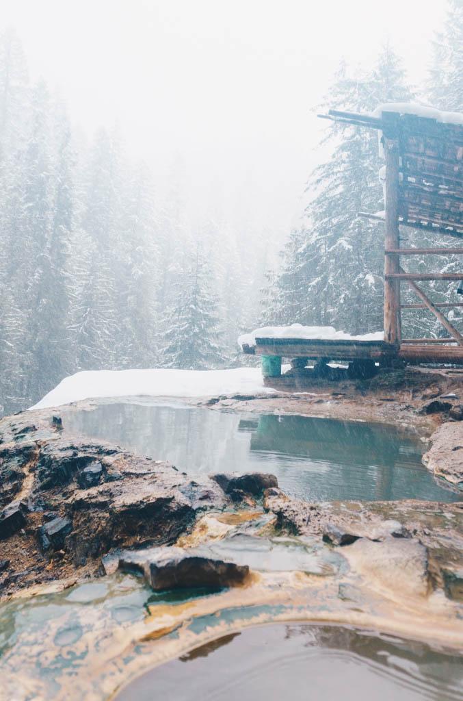 Umpqua hotsprings in winter Oregon