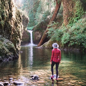 10 Amazing Waterfall Hikes In Oregon