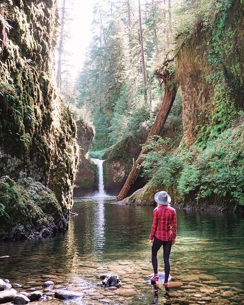 Punchbowl Falls Waterfall Hikes In Oregon