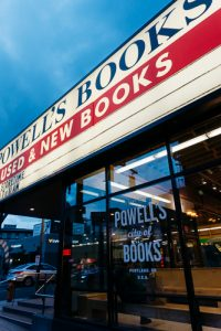 powells bookstore portland oregon
