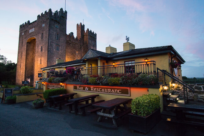 Bunratty Castle pub things to see and do in Ireland