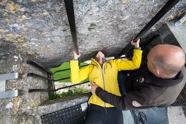 Things to do Cork Ireland Kiss Blarney Stone