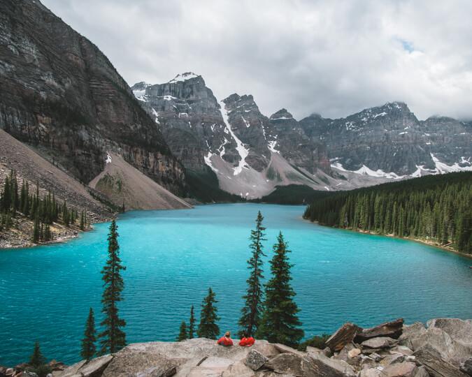 moraine lake banff alberta canada summer