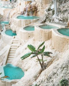 grutas tolantongo jungle hotsprings san cristobal mexico