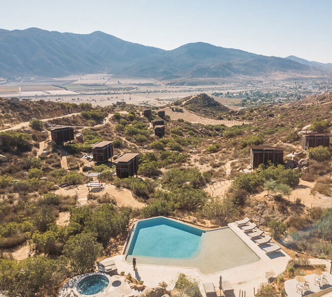 valle de guadalupe mexico hotel encuentro infinity pool