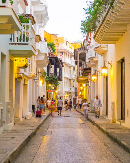 Top Things To See And Do In Colombia Old Town Cartagena