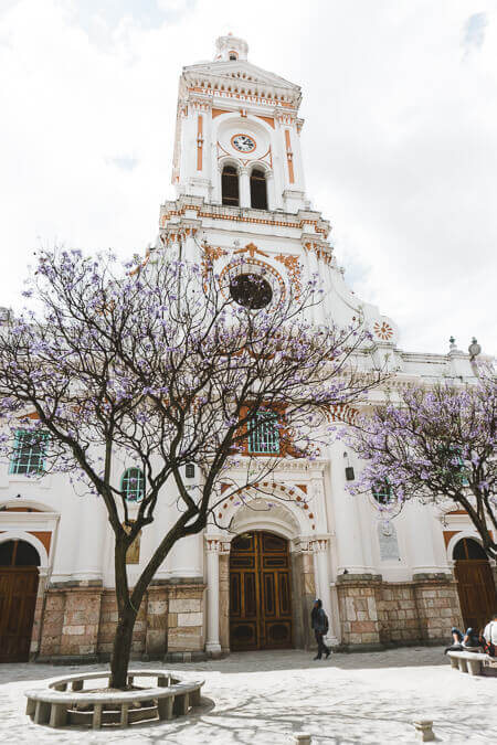 Things to do in Cuenca Ecuador Iglesia San Francisco