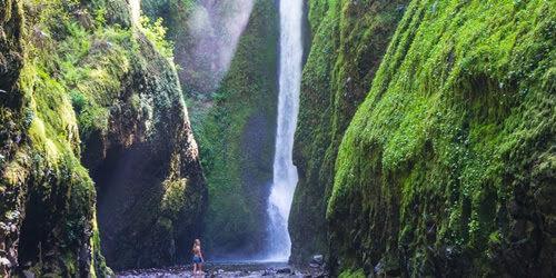 Best-Waterfalls-Near-Portland-Oregon