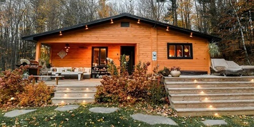 Airbnbs-Vermont-Stowe